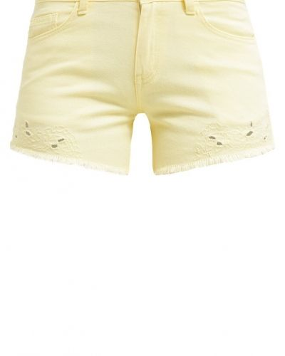 Viasietta jeansshorts pale banana VILA jeansshorts till tjejer.