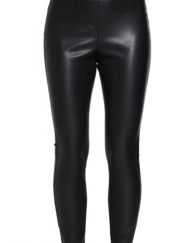 Vigiving leggings black VILA leggings till dam.