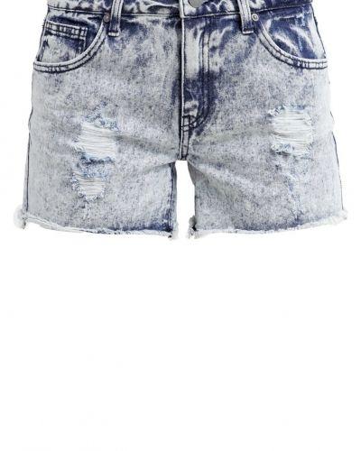 Jeansshorts från VILA till tjejer.