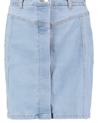 Vikarisma pennkjol light blue VILA jeanskjol till tjejer.