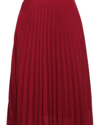 Till mamma från Vero Moda, en veckade kjol.
