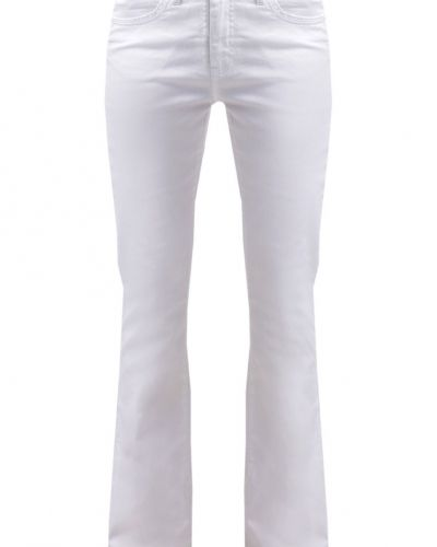 Vmgambler jeans bootcut snow white Vero Moda bootcut jeans till tjejer.