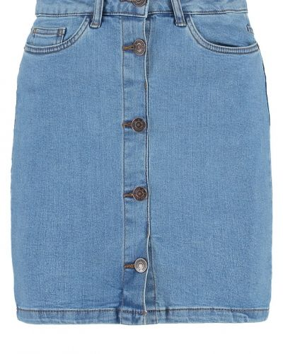 Vmkayla jeanskjol light blue denim Vero Moda jeanskjol till tjejer.