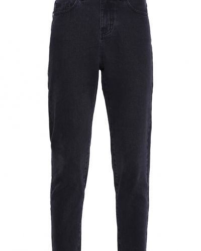 Till dam från Vero Moda, en relaxed fit jeans.