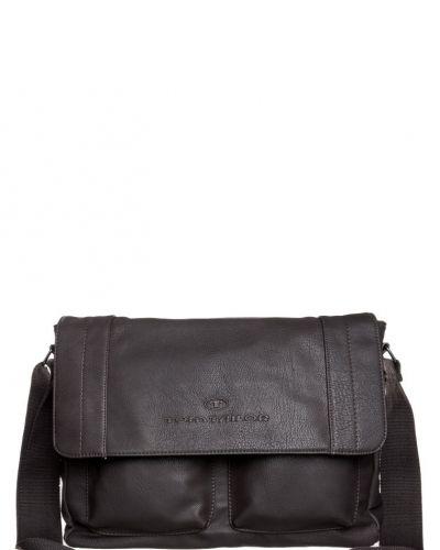 Tom Tailor Waco portfölj / datorväska. Väskorna håller hög kvalitet.