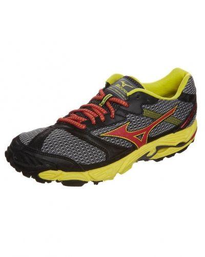 Mizuno Wave cabrakan 5 löparskor. Traningsskor håller hög kvalitet.