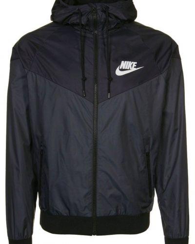 Nike Sportswear WINDRUNNER Träningsjacka Svart från Nike Sportswear, Träningsjackor