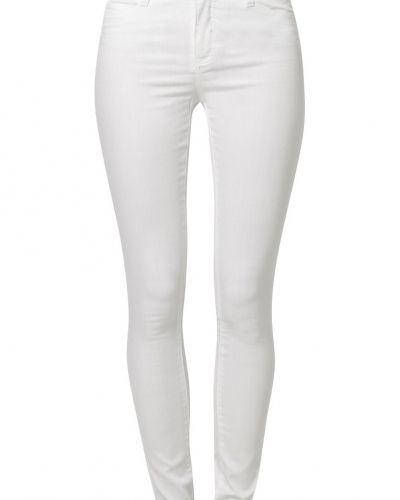 Vero Moda WONDER COLOR Jeans slim fit Vero Moda slim fit jeans till dam.