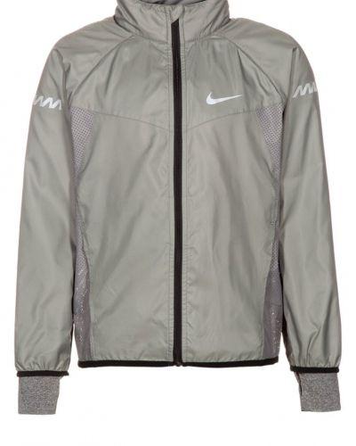 Nike Performance Ya vapor löparjacka. Traning håller hög kvalitet.