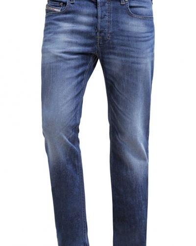 Diesel bootcut jeans till tjejer.