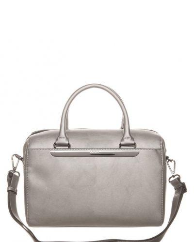 Esprit Zofia handväska. Väskorna håller hög kvalitet.