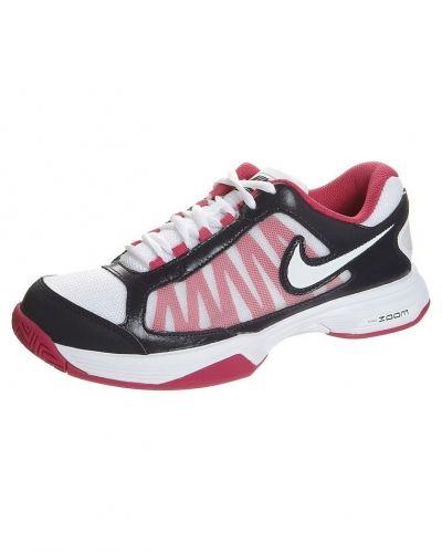 Nike Performance Nike Performance ZOOM COURTLITE 3 Universalskor Vitt. Traning håller hög kvalitet.