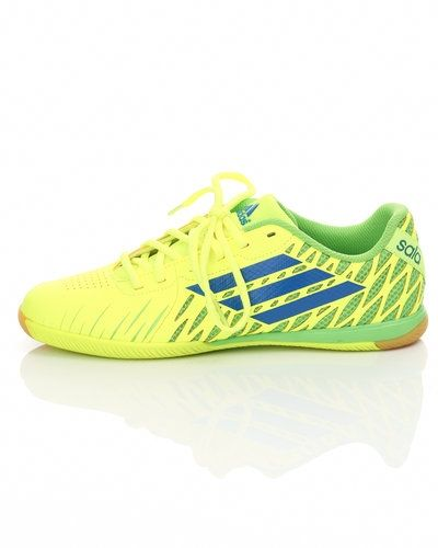 Adidas Adidas Freefootball inomhus fotbollskor. Fotbollsskorna håller hög kvalitet.