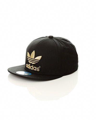 Adidas Originals 'AC Flat Cap SNB' flat cap från Adidas Originals, Kepsar