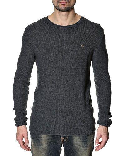 Anerkjendt Anerkjendt stickad tröja. Huvudbonader håller hög kvalitet.