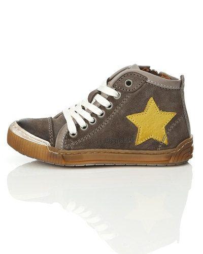 Bisgaard sneakers till dam.