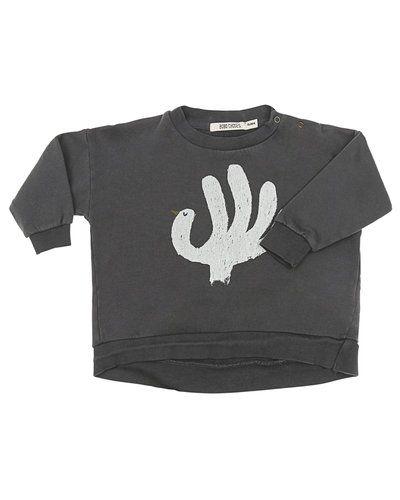 Till kille från Bobo choses, en grå sweatshirts.