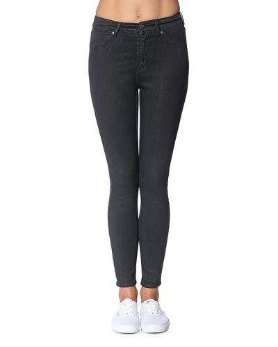 Till dam från Cheap Monday, en grå blandade jeans.