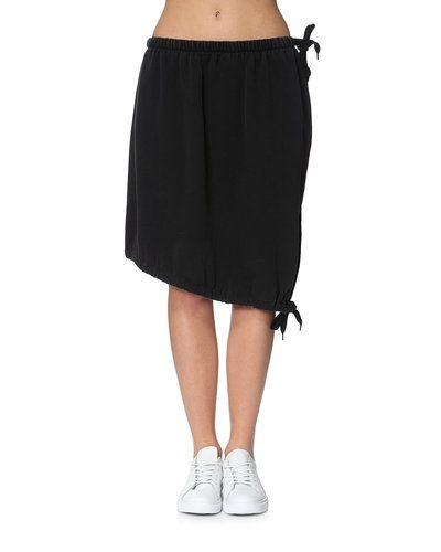 Cheap Monday kjol till kvinna.