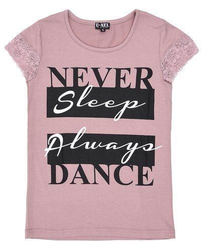 Rosa t-shirts från D-xel till tjej.