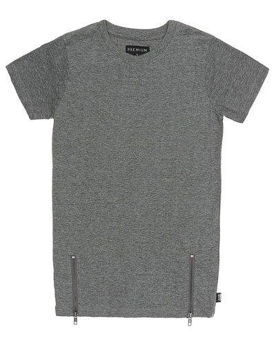 T-shirts från D-xel till kille.