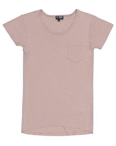 T-shirts från D-xel till tjej.