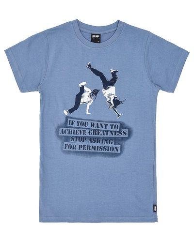 Blå t-shirts från D-xel till kille.