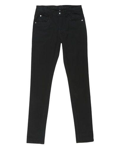 Till dam från D-xel, en svart blandade jeans.
