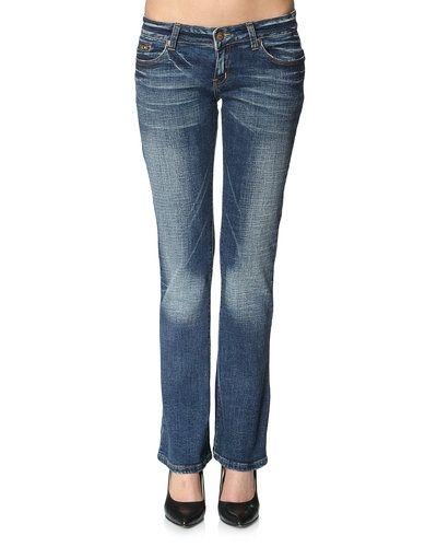 Jeans från DBC till dam.