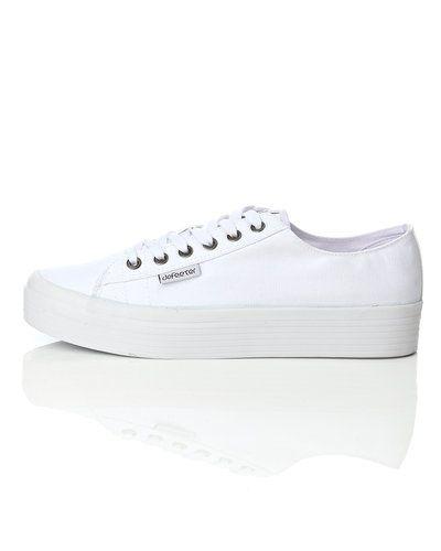 låga vita skor
