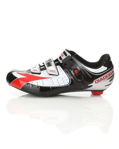 Sneakers från Diadora till herr.