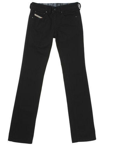 Till dam från Diesel, en svart blandade jeans.