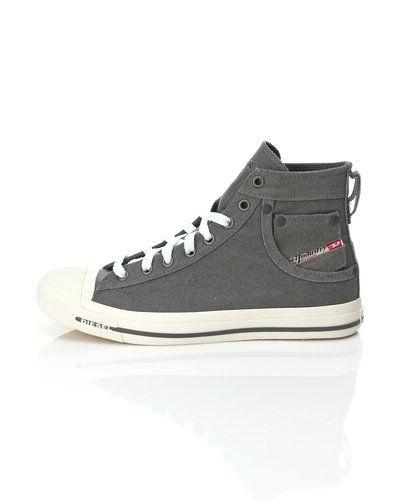 DIESEL sneakers Diesel sneakers till herr.