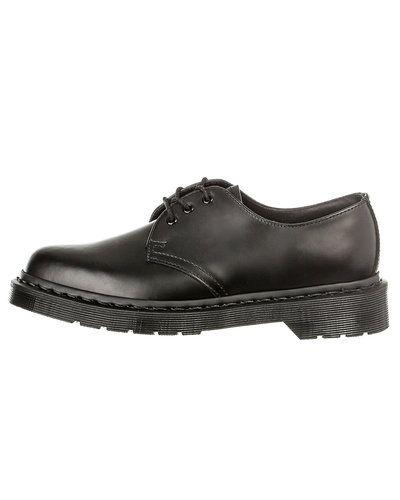 Finsko Dr. Martens skor från Dr. Martens