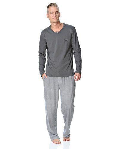 Blå pyjamas från Emporio Armani till herr.