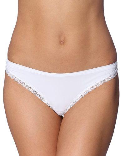 Till dam från Esprit Bodywear, en vit stringtrosa.