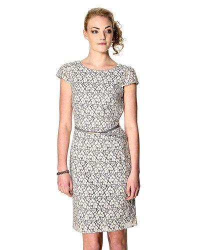 esprit vit klänning