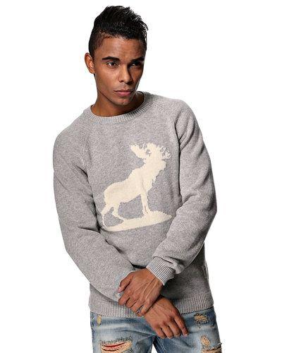 Fat Moose Fat Moose 'Moose' stickad tröja. Huvudbonader håller hög kvalitet.