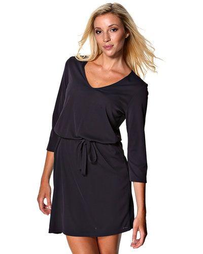 Filippa K klänning till dam.