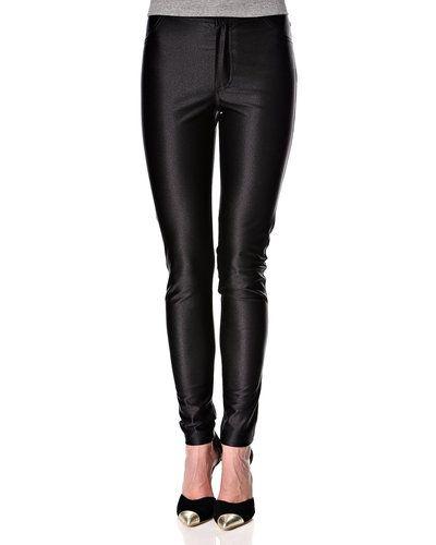 Fiveunits jeans till dam.