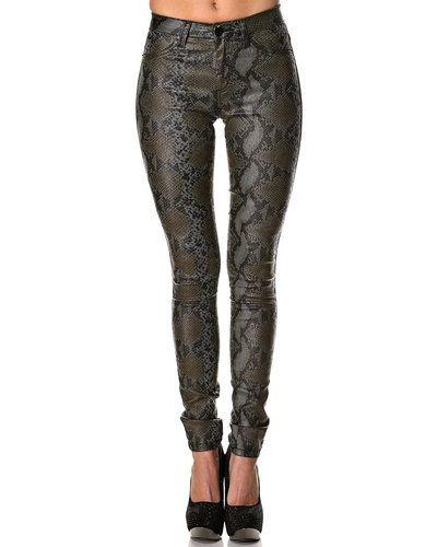 Till dam från Fiveunits, en blandade jeans.