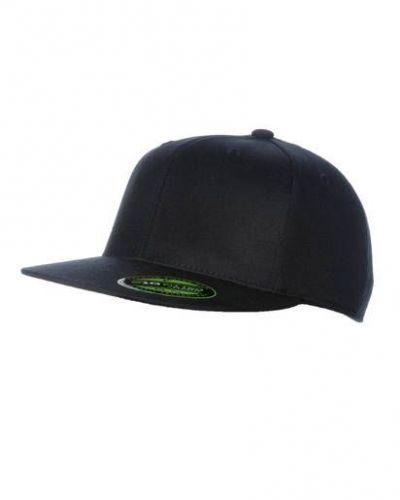 Flexfit 210 flat cap från Flexfit, Kepsar