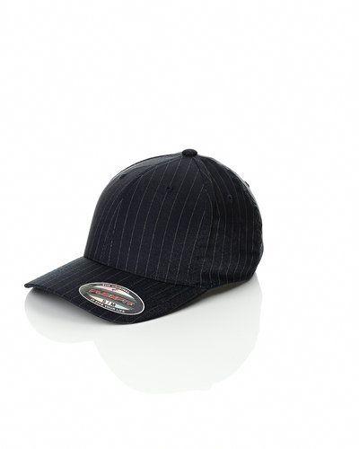 Flexfit 'Pinstripe' cap från Flexfit, Kepsar