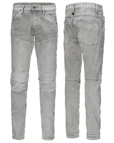 Till herr från G-Star, en blå loose fit jeans.