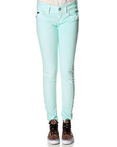Till dam från G-Star, en grön blandade jeans.
