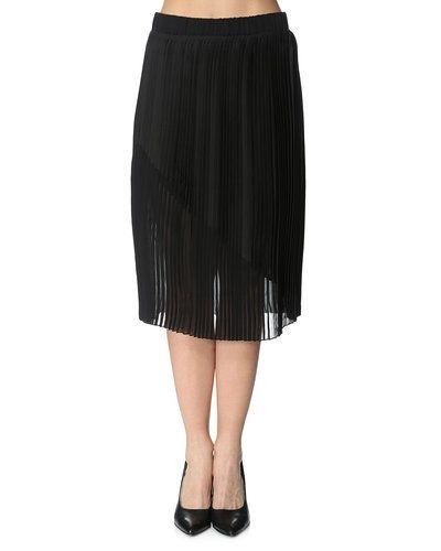 Gestuz kjol till kvinna.