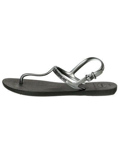 Svart sandal från Havaianas till dam.