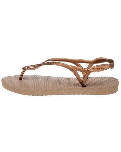 Till dam från Havaianas, en röd sandal.