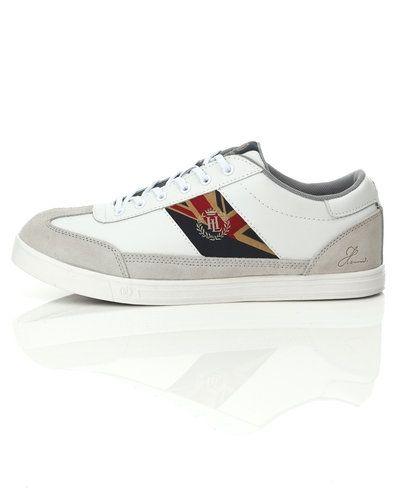 Till herr från Henri Lloyd, en vit sneakers.