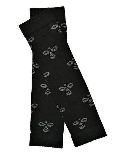 Till barn från Hummel Fashion, en svart mössa.